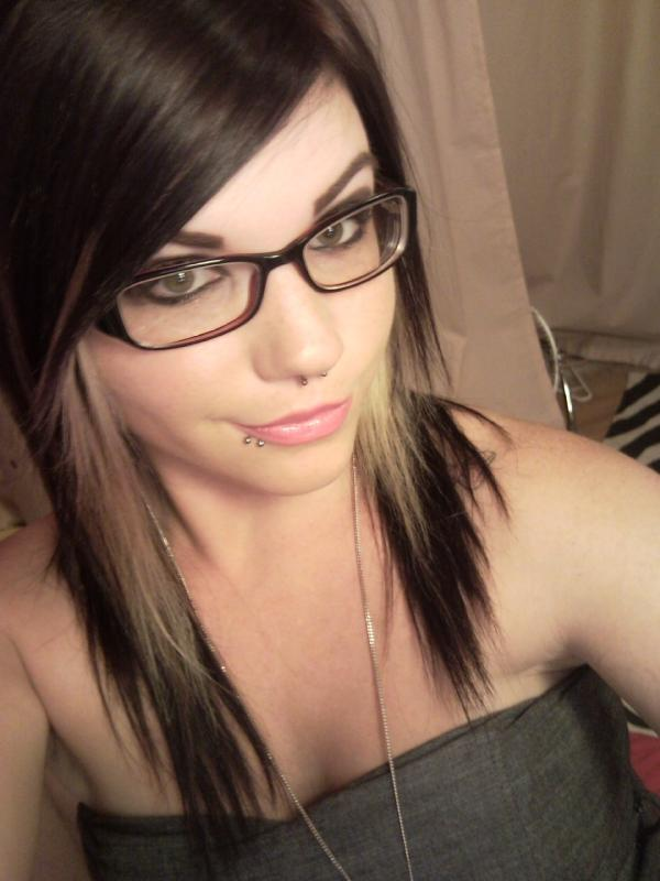 hot_girls_glasses_18