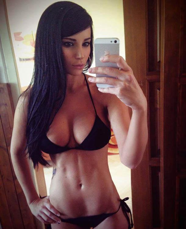 hot_bikini_girls_9