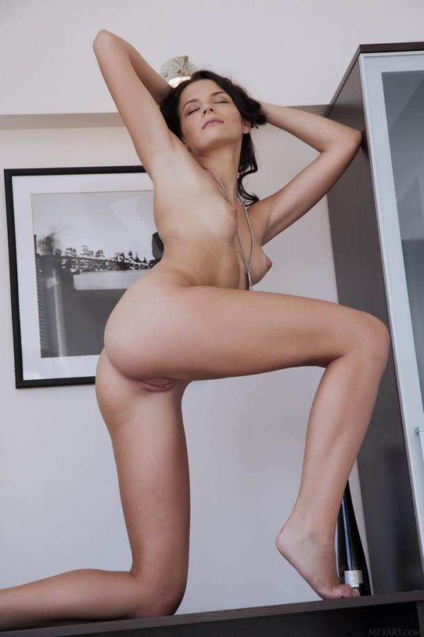Ardelia_Clasificadox-fotos-morena-sexy- (17)