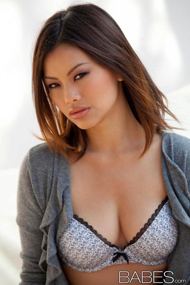 Clasificadox-fotos-morena-sexy-asiatica- (2)
