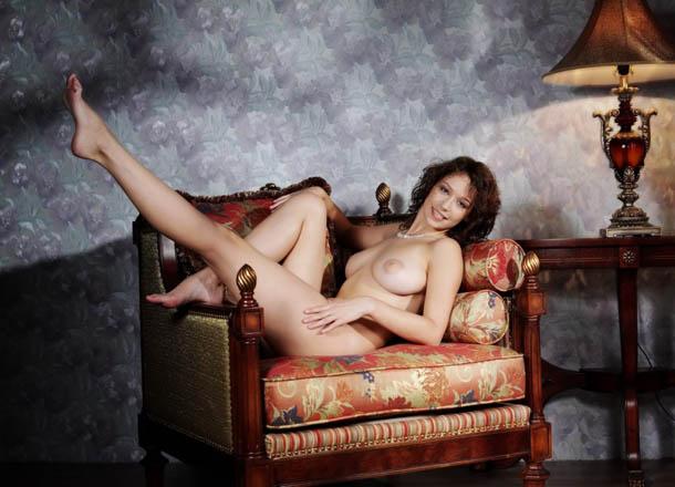 Clasificadox-fotos-morena-desnuda-erotica- (16)