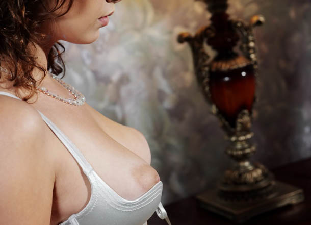 Clasificadox-fotos-morena-desnuda-erotica- (2)