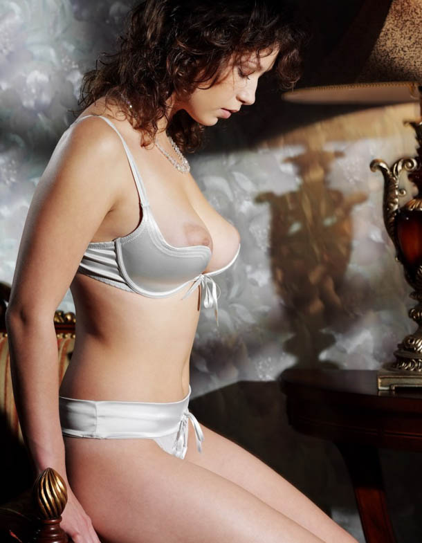 Clasificadox-fotos-morena-desnuda-erotica- (4)