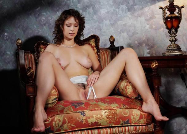 Clasificadox-fotos-morena-desnuda-erotica- (9)