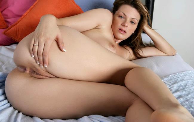 Ava-Miller-clasificadox-culazo-sexy  (30)