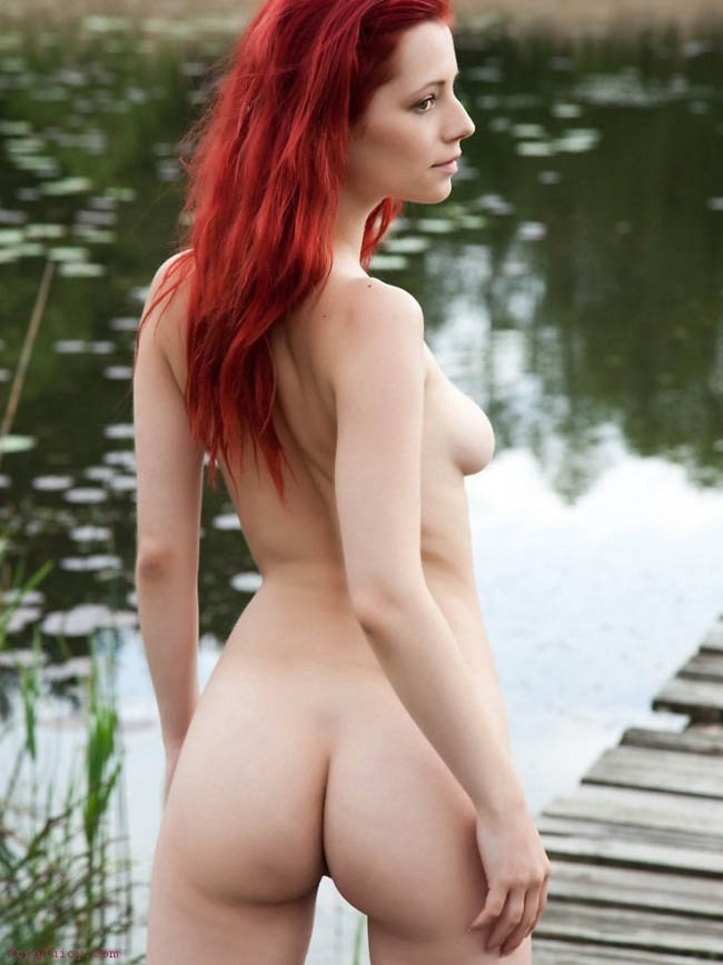 hot-redhead-picture-galleries-kari-sweet-pussy-shot