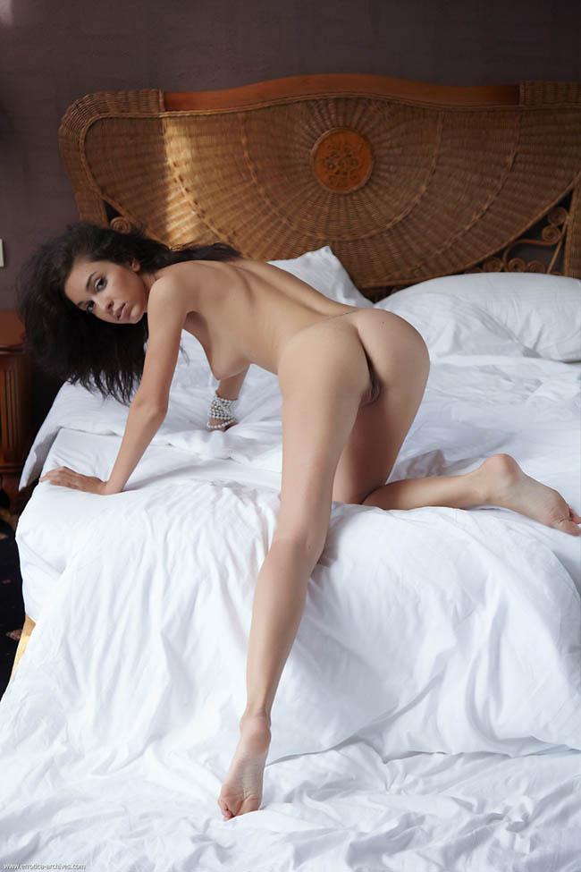 Helen H sexy desnuda clasificadox (2)