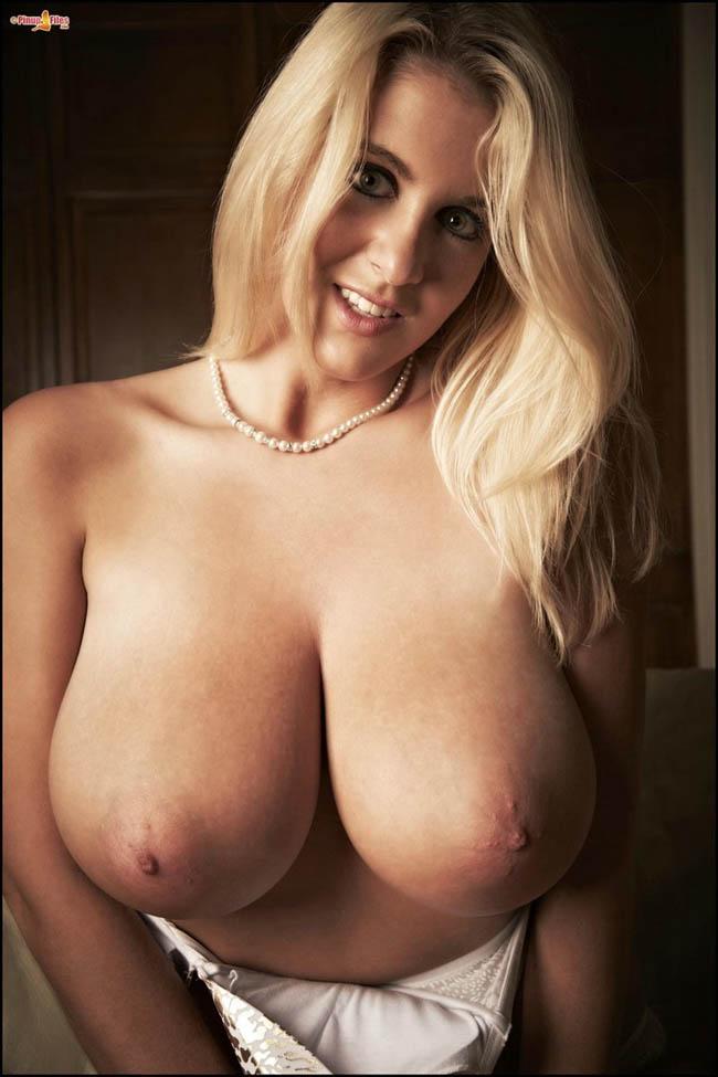 enormes-pechos-chicas-sexys-clasificadox- (22)