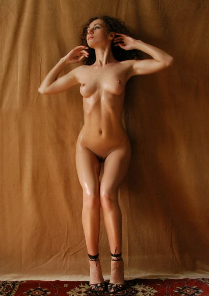 lyuda-locura-desnuda-clasificadox (1)